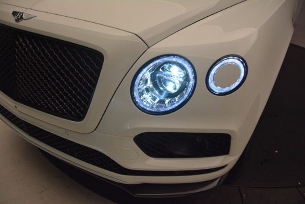 Used 2018 Bentley Bentayga Black Edition for sale Call for price at Aston Martin of Greenwich in Greenwich CT 06830 17