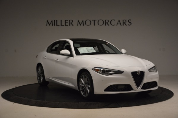 New 2017 Alfa Romeo Giulia Q4 for sale Sold at Aston Martin of Greenwich in Greenwich CT 06830 11
