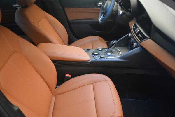 New 2017 Alfa Romeo Giulia Q4 for sale Sold at Aston Martin of Greenwich in Greenwich CT 06830 18