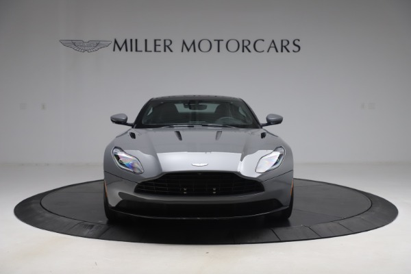 Used 2017 Aston Martin DB11 for sale $149,900 at Aston Martin of Greenwich in Greenwich CT 06830 11