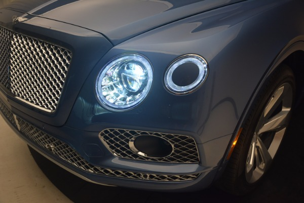 New 2018 Bentley Bentayga for sale Sold at Aston Martin of Greenwich in Greenwich CT 06830 16