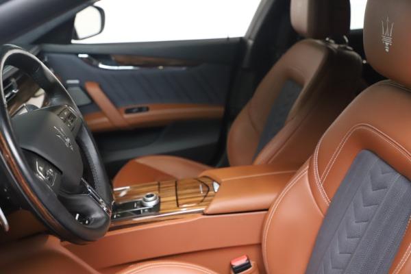 Used 2017 Maserati Quattroporte SQ4 GranLusso/ Zegna for sale $62,900 at Aston Martin of Greenwich in Greenwich CT 06830 14