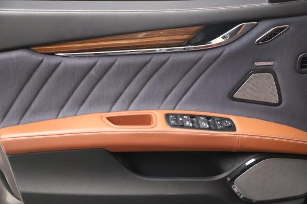 Used 2017 Maserati Quattroporte SQ4 GranLusso/ Zegna for sale $62,900 at Aston Martin of Greenwich in Greenwich CT 06830 17