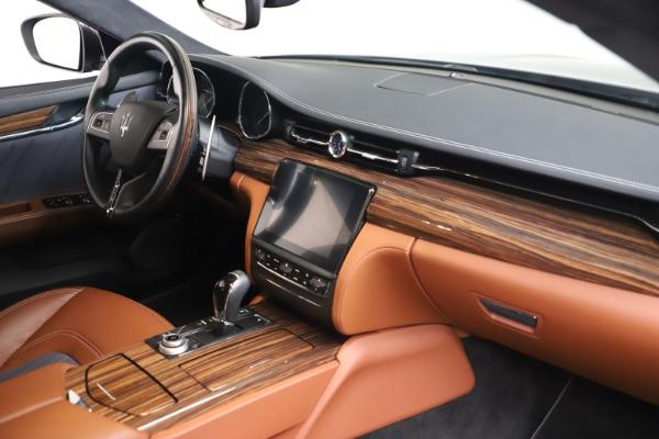 Used 2017 Maserati Quattroporte SQ4 GranLusso/ Zegna for sale $62,900 at Aston Martin of Greenwich in Greenwich CT 06830 19