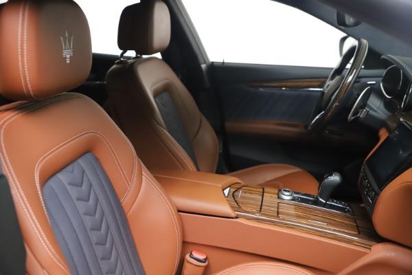 Used 2017 Maserati Quattroporte SQ4 GranLusso/ Zegna for sale $62,900 at Aston Martin of Greenwich in Greenwich CT 06830 20