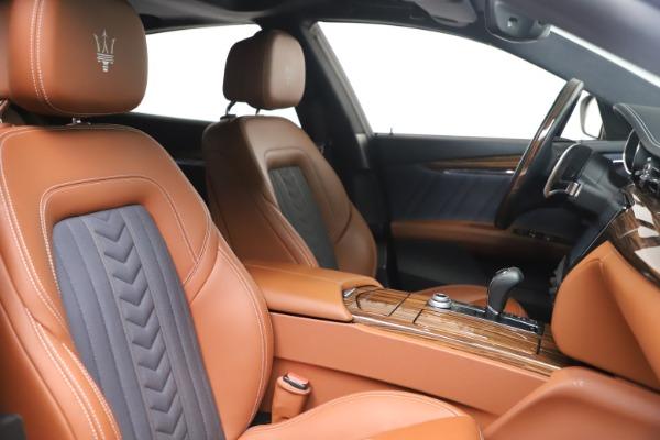 Used 2017 Maserati Quattroporte SQ4 GranLusso/ Zegna for sale $62,900 at Aston Martin of Greenwich in Greenwich CT 06830 21