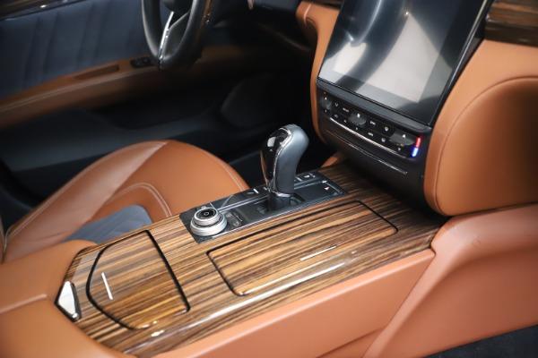 Used 2017 Maserati Quattroporte SQ4 GranLusso/ Zegna for sale $62,900 at Aston Martin of Greenwich in Greenwich CT 06830 22
