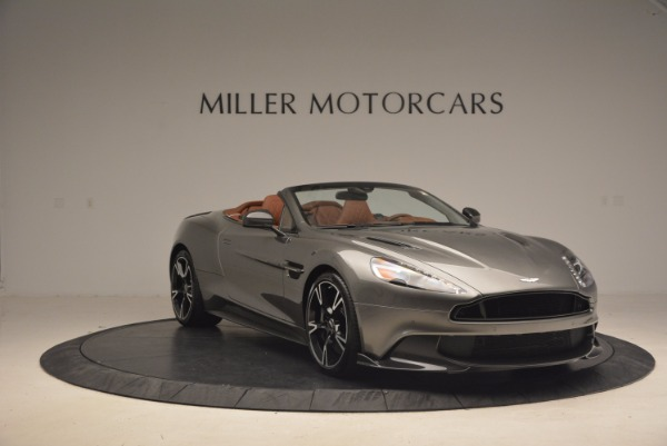 Used 2018 Aston Martin Vanquish S Convertible for sale Sold at Aston Martin of Greenwich in Greenwich CT 06830 11