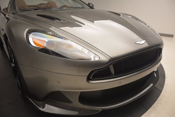 Used 2018 Aston Martin Vanquish S Convertible for sale Sold at Aston Martin of Greenwich in Greenwich CT 06830 28
