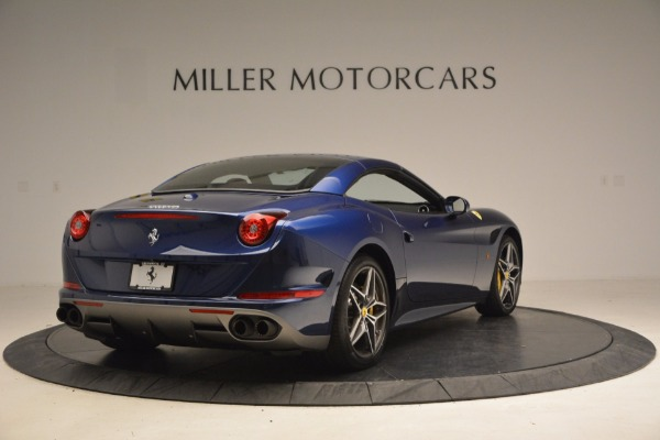 Used 2017 Ferrari California T Handling Speciale for sale $189,900 at Aston Martin of Greenwich in Greenwich CT 06830 19