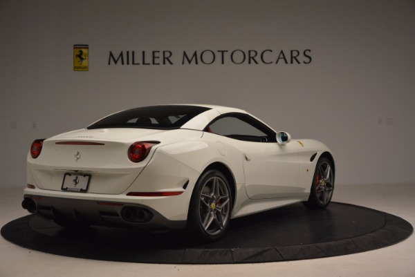Used 2017 Ferrari California T for sale Sold at Aston Martin of Greenwich in Greenwich CT 06830 19