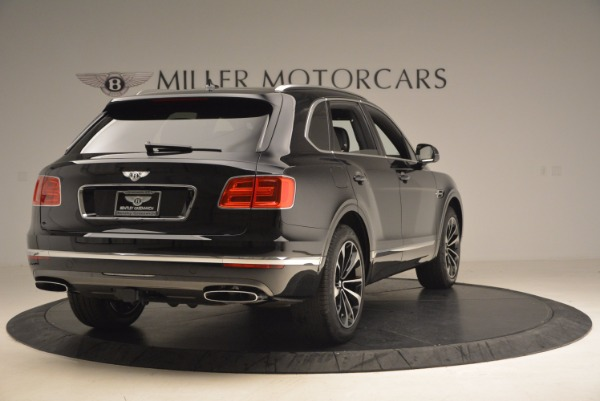 New 2018 Bentley Bentayga Signature for sale Sold at Aston Martin of Greenwich in Greenwich CT 06830 7