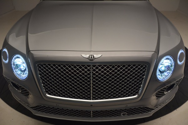 New 2018 Bentley Bentayga for sale Sold at Aston Martin of Greenwich in Greenwich CT 06830 14