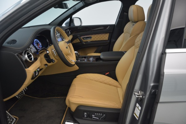 New 2018 Bentley Bentayga for sale Sold at Aston Martin of Greenwich in Greenwich CT 06830 27