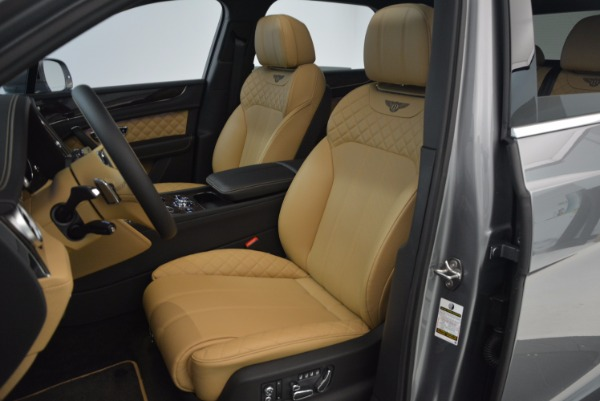 New 2018 Bentley Bentayga for sale Sold at Aston Martin of Greenwich in Greenwich CT 06830 28