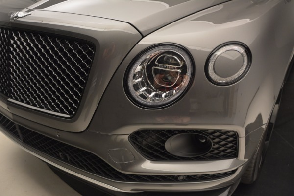 New 2018 Bentley Bentayga Black Edition for sale Sold at Aston Martin of Greenwich in Greenwich CT 06830 17