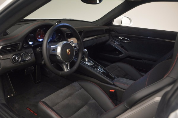 Used 2015 Porsche 911 Carrera GTS for sale Sold at Aston Martin of Greenwich in Greenwich CT 06830 17
