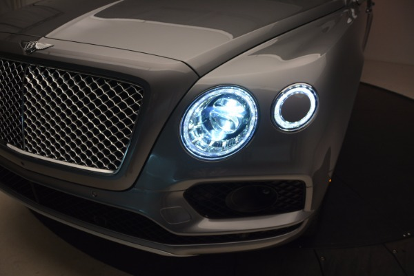 New 2018 Bentley Bentayga Onyx for sale Sold at Aston Martin of Greenwich in Greenwich CT 06830 17