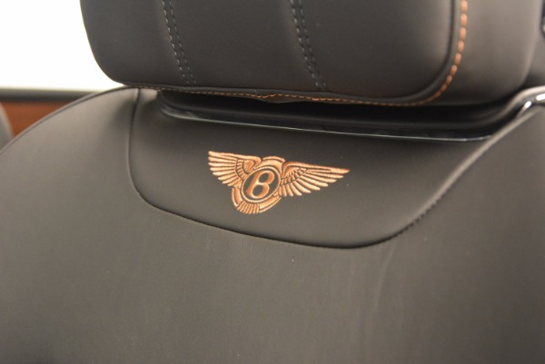 New 2018 Bentley Bentayga Onyx for sale Sold at Aston Martin of Greenwich in Greenwich CT 06830 26