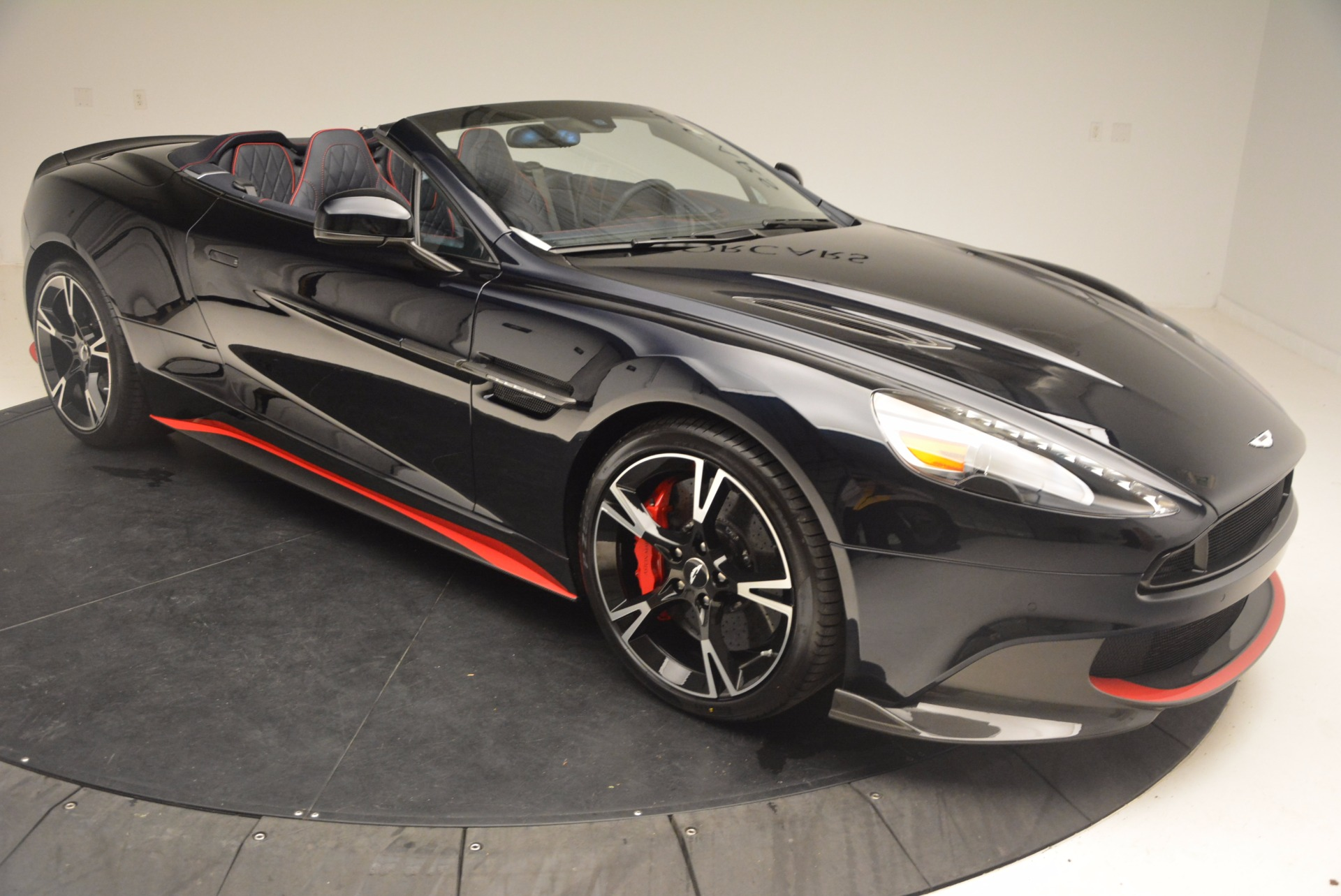 New 2018 Aston Martin Vanquish S Volante For Sale Special Pricing Aston Martin Of Greenwich Stock A1249
