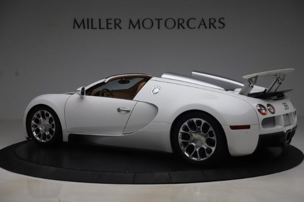 Used 2011 Bugatti Veyron 16.4 Grand Sport for sale Call for price at Aston Martin of Greenwich in Greenwich CT 06830 4