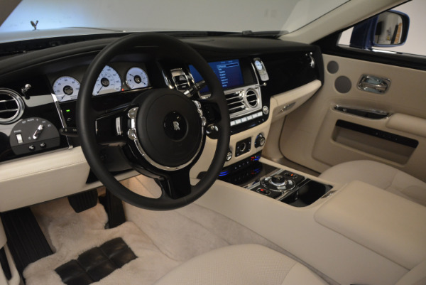 Used 2010 Rolls-Royce Ghost for sale Sold at Aston Martin of Greenwich in Greenwich CT 06830 19