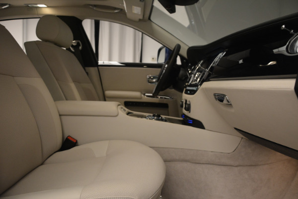 Used 2010 Rolls-Royce Ghost for sale Sold at Aston Martin of Greenwich in Greenwich CT 06830 21
