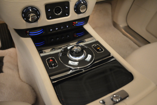 Used 2010 Rolls-Royce Ghost for sale Sold at Aston Martin of Greenwich in Greenwich CT 06830 22