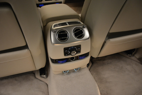 Used 2010 Rolls-Royce Ghost for sale Sold at Aston Martin of Greenwich in Greenwich CT 06830 27