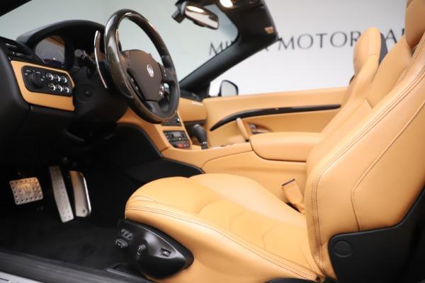 Used 2017 Maserati GranTurismo Convertible Sport for sale $84,900 at Aston Martin of Greenwich in Greenwich CT 06830 24