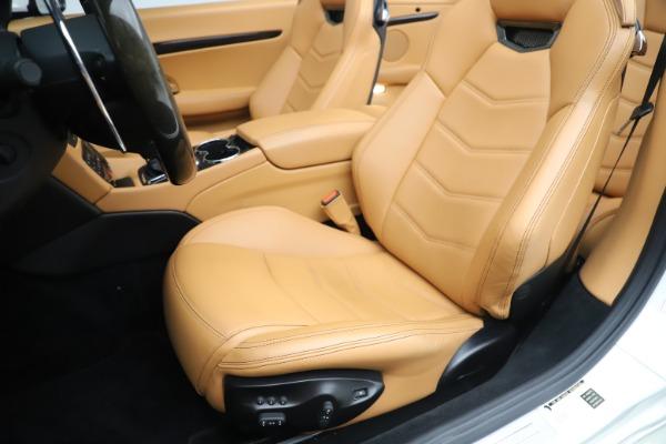 Used 2017 Maserati GranTurismo Convertible Sport for sale $84,900 at Aston Martin of Greenwich in Greenwich CT 06830 25