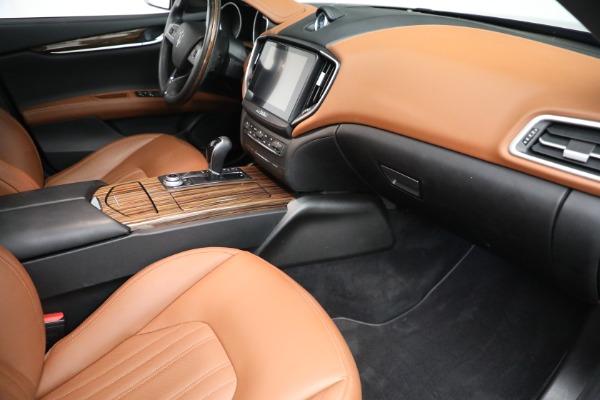 Used 2018 Maserati Ghibli S Q4 GranLusso for sale $56,900 at Aston Martin of Greenwich in Greenwich CT 06830 19