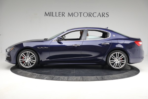 Used 2018 Maserati Ghibli S Q4 GranLusso for sale $56,900 at Aston Martin of Greenwich in Greenwich CT 06830 2