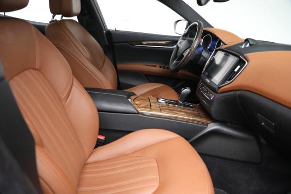Used 2018 Maserati Ghibli S Q4 GranLusso for sale $56,900 at Aston Martin of Greenwich in Greenwich CT 06830 21