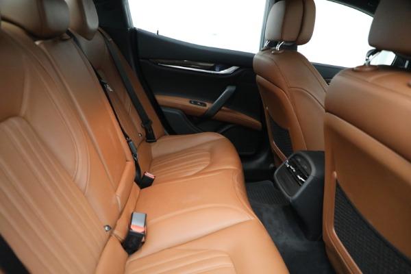 Used 2018 Maserati Ghibli S Q4 GranLusso for sale $56,900 at Aston Martin of Greenwich in Greenwich CT 06830 24