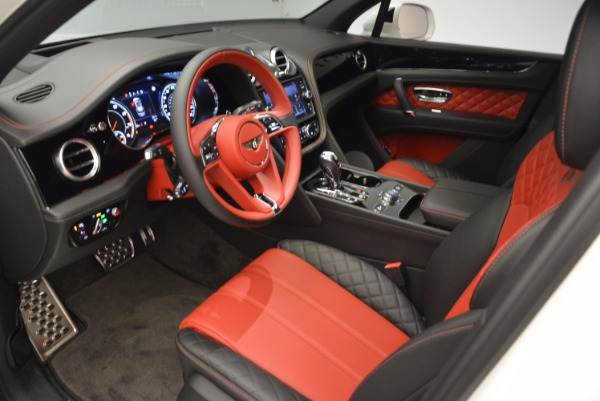 Used 2018 Bentley Bentayga Onyx Edition for sale Sold at Aston Martin of Greenwich in Greenwich CT 06830 18