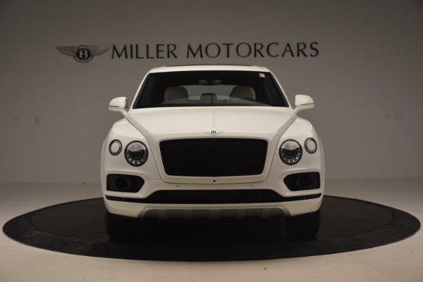 Used 2018 Bentley Bentayga Onyx for sale Sold at Aston Martin of Greenwich in Greenwich CT 06830 12