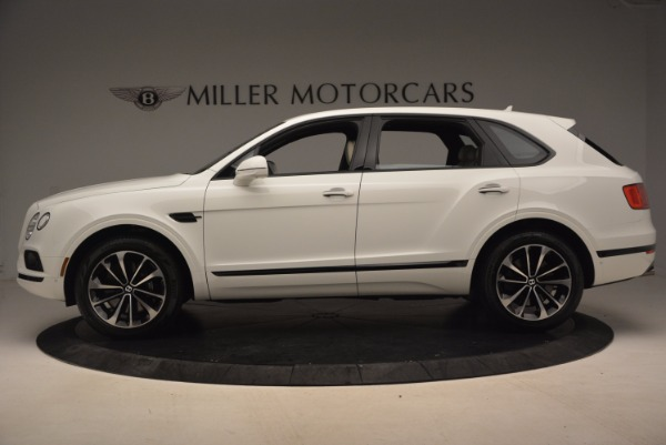 Used 2018 Bentley Bentayga Onyx for sale Sold at Aston Martin of Greenwich in Greenwich CT 06830 3