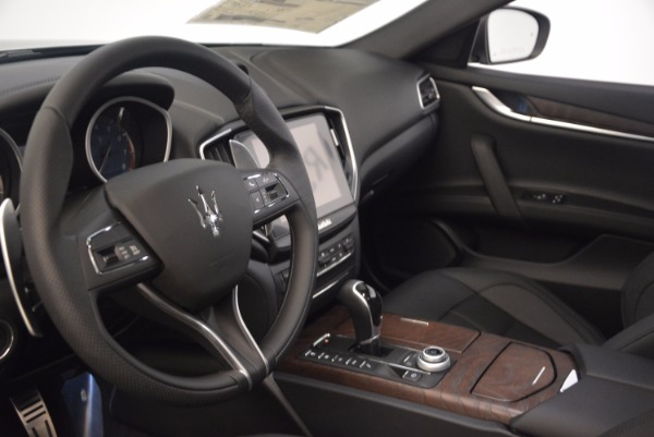 Used 2018 Maserati Ghibli S Q4 Gransport for sale Sold at Aston Martin of Greenwich in Greenwich CT 06830 14