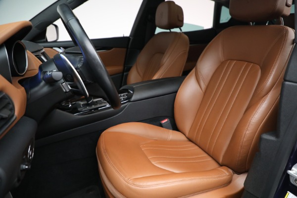 Used 2018 Maserati Levante Q4 for sale $57,900 at Aston Martin of Greenwich in Greenwich CT 06830 15