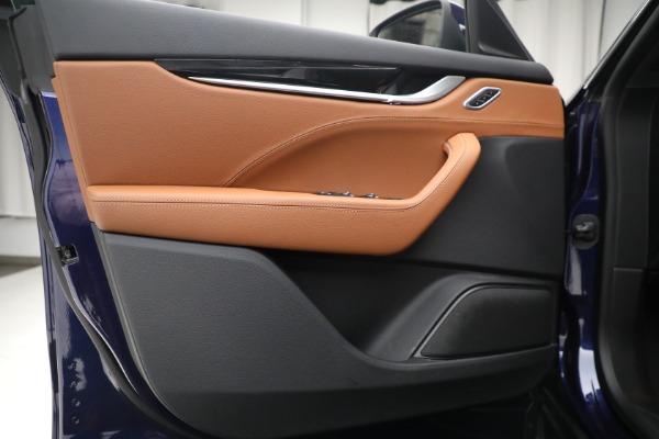 Used 2018 Maserati Levante Q4 for sale $57,900 at Aston Martin of Greenwich in Greenwich CT 06830 16