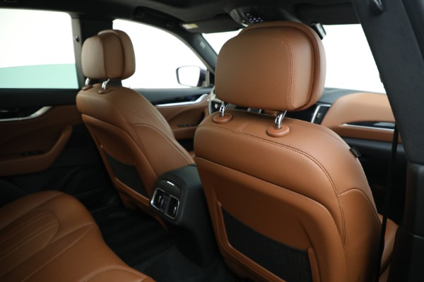 Used 2018 Maserati Levante Q4 for sale $57,900 at Aston Martin of Greenwich in Greenwich CT 06830 26