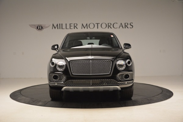 Used 2018 Bentley Bentayga Onyx Edition for sale $139,900 at Aston Martin of Greenwich in Greenwich CT 06830 14