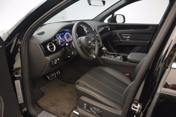 New 2018 Bentley Bentayga Onyx for sale Sold at Aston Martin of Greenwich in Greenwich CT 06830 18