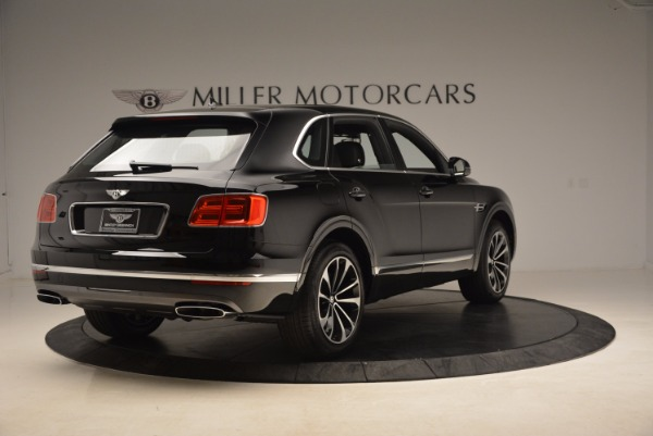 Used 2018 Bentley Bentayga Onyx for sale $145,900 at Aston Martin of Greenwich in Greenwich CT 06830 9