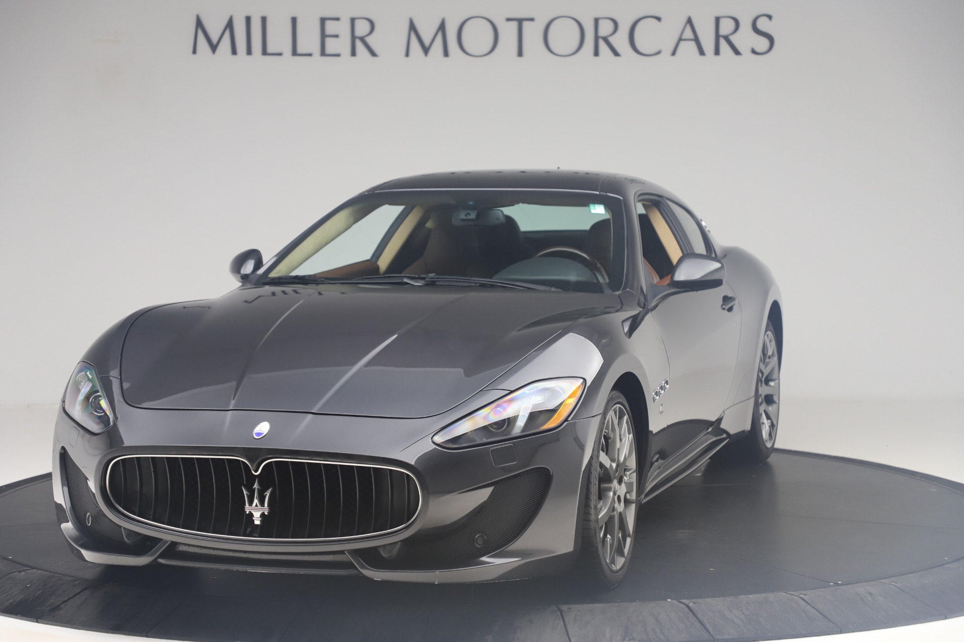 Used 2016 Maserati GranTurismo Sport for sale $64,900 at Aston Martin of Greenwich in Greenwich CT 06830 1