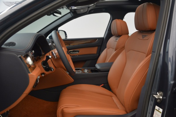 Used 2018 Bentley Bentayga Onyx for sale Sold at Aston Martin of Greenwich in Greenwich CT 06830 19