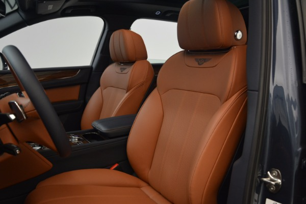 Used 2018 Bentley Bentayga Onyx for sale Sold at Aston Martin of Greenwich in Greenwich CT 06830 20