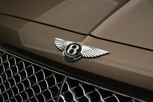 Used 2018 Bentley Bentayga W12 Signature for sale $156,900 at Aston Martin of Greenwich in Greenwich CT 06830 14