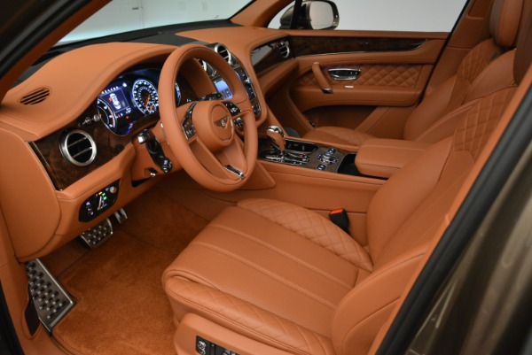 Used 2018 Bentley Bentayga W12 Signature for sale $156,900 at Aston Martin of Greenwich in Greenwich CT 06830 19
